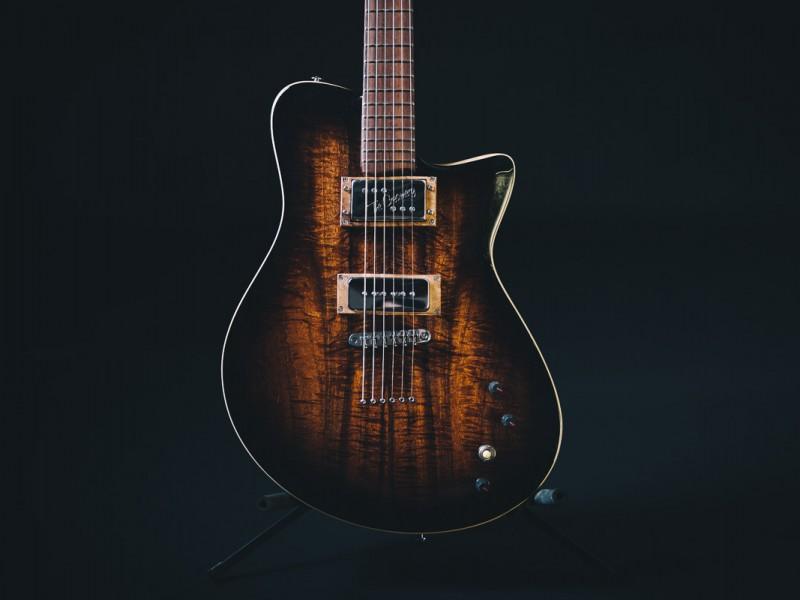 zg-guitar-singlecut-1